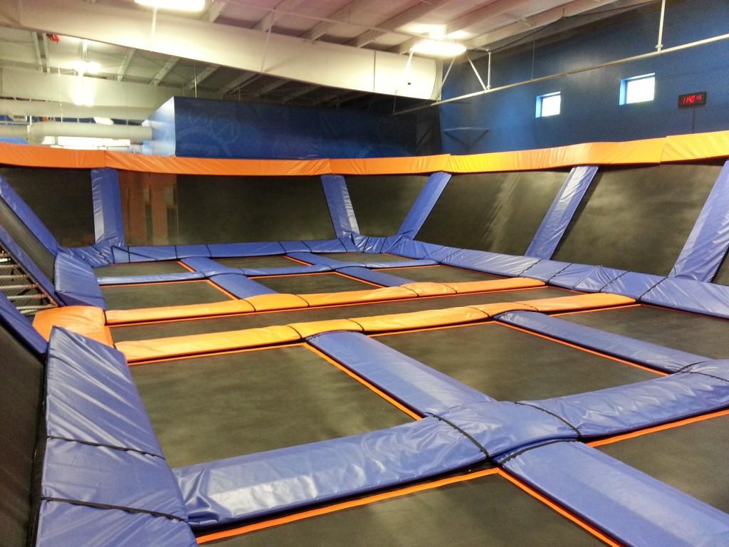 Sky zone trampoline park brantley construction for Indoor trampoline park design manufacturing